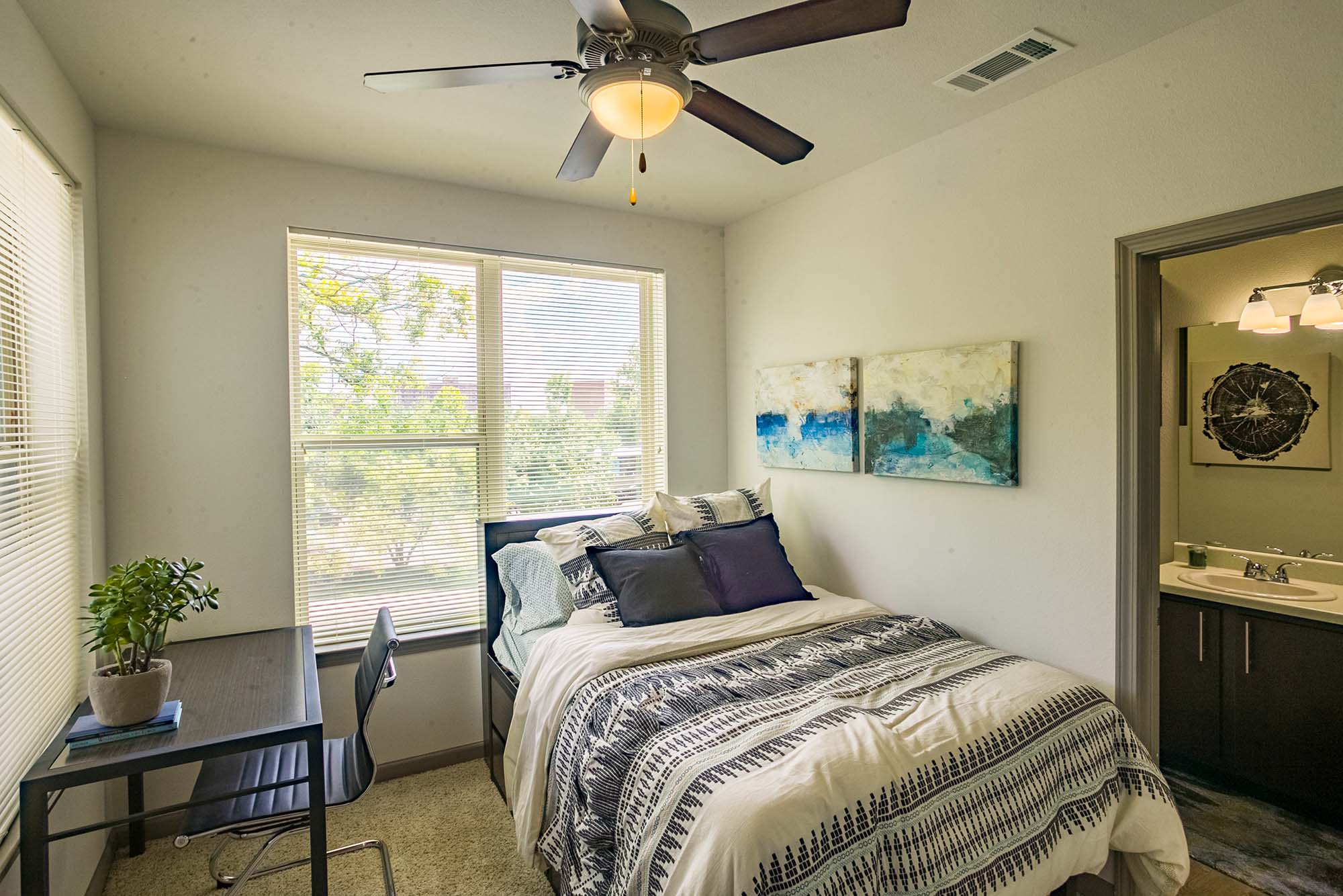 YOUnion Fayetteville unit bedroom